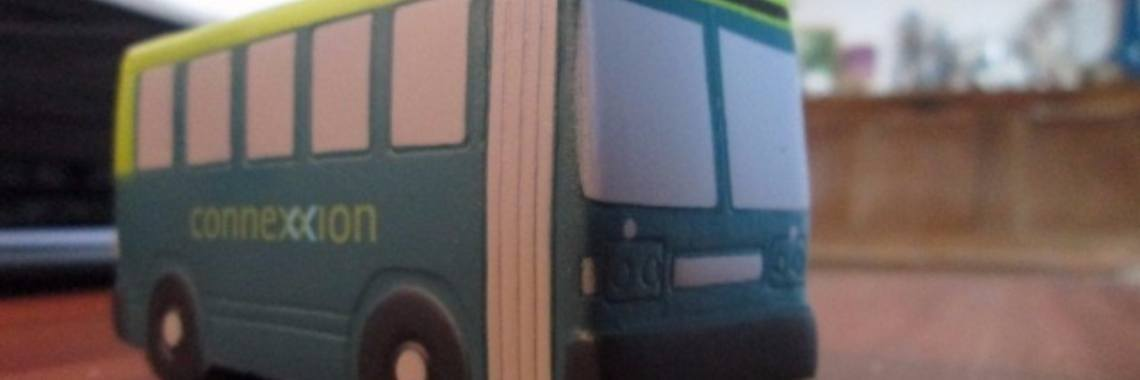 Ondertussen in de bus: de vervalste strippenkaart | strippenkaart | vervoersbewijs bus | vervalste strippenkaart | zwart rijden | zwart rijders betrapt