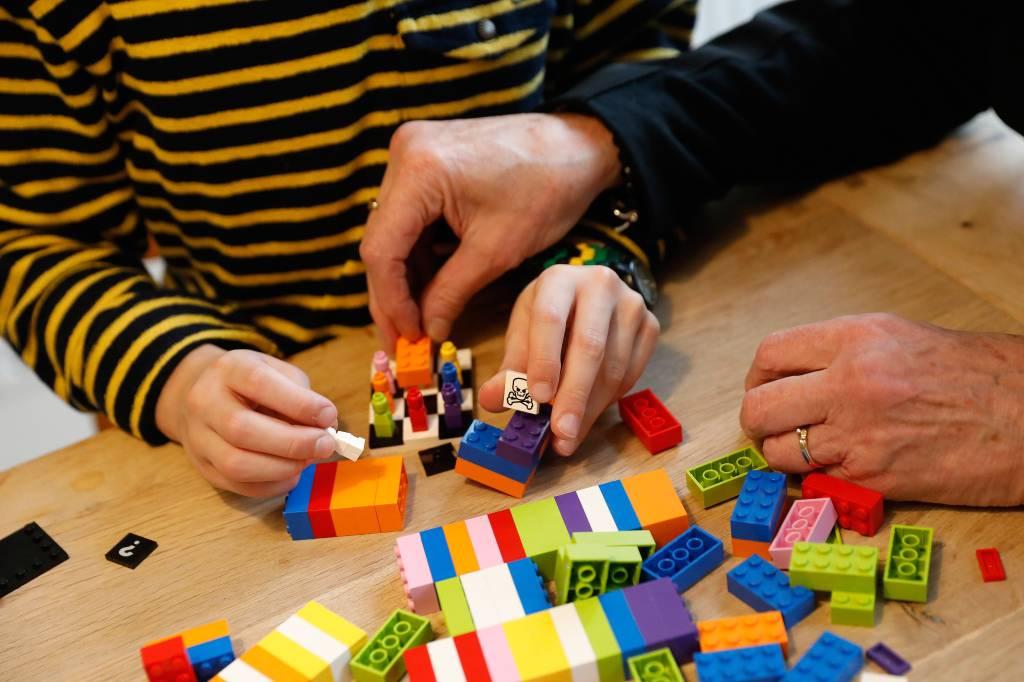 Nieuwe trend? Na kleurboeken ook Lego voor volwassenen – Wel.nl