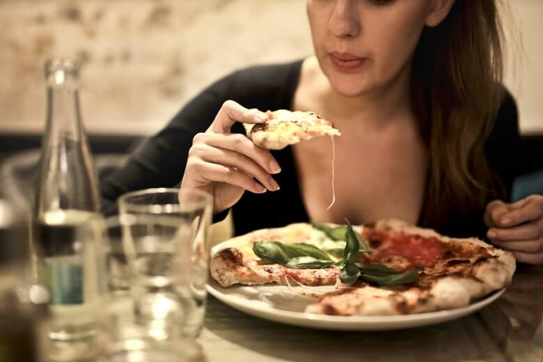 Dit doen Italianen na het eten om af te vallen, kleine moeite groot resultaat
