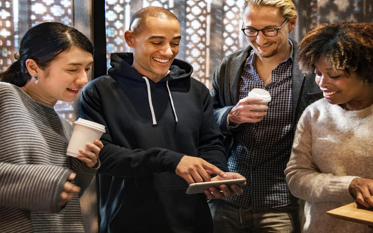 Socializen is het gezelligste sociaal netwerk van Nederland en België maak gratis je eigen profiel