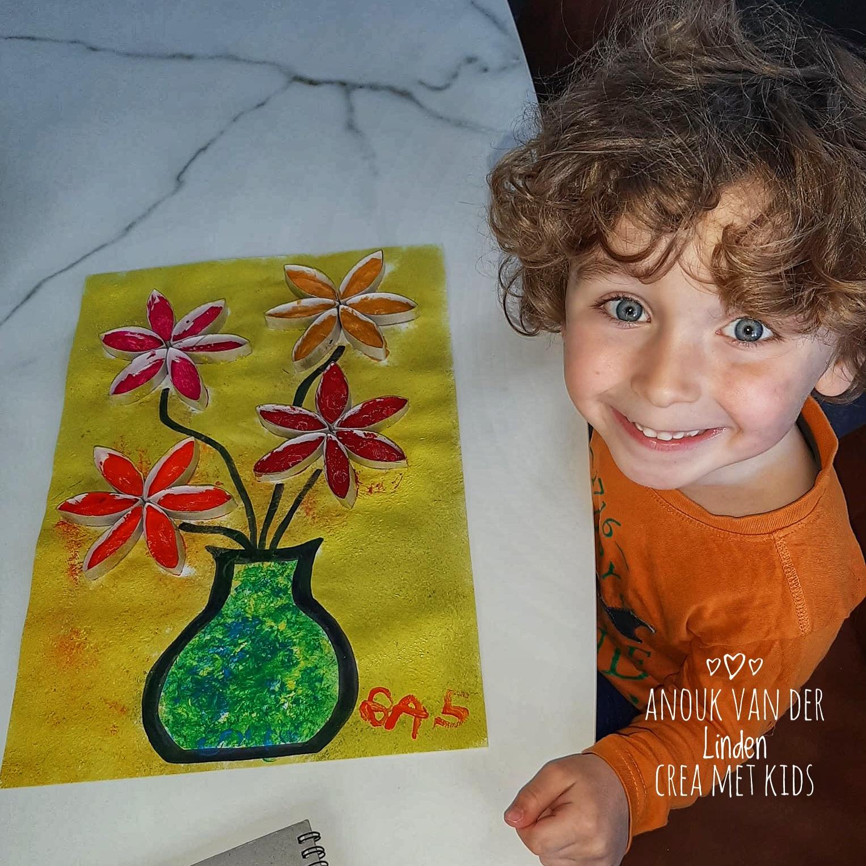 Creatief 3D schilderij maken met wc rolletjes » Crea met kids