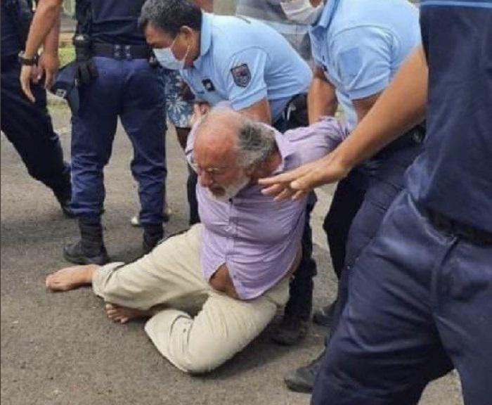 Dr Jean-Paul Théron gearresteerd door militaire politie in Frankrijk voor het voorschrijven van Ivermectine aan Covid-19 patiënten - DissidentNL